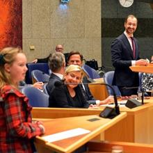 Click to view album: Kindervragenuur Tweede Kamer